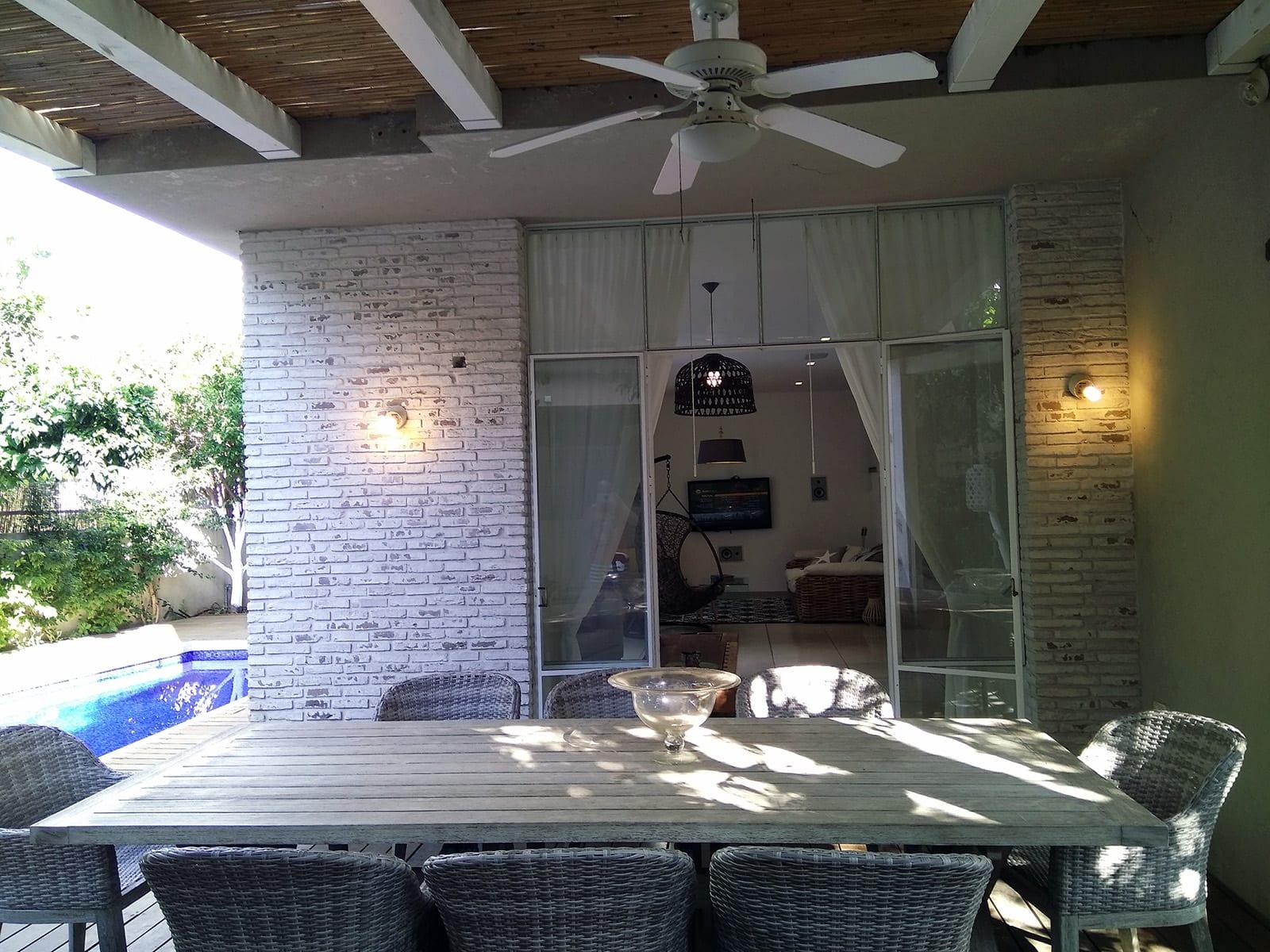 בית טוסקני מהמם למכירה בקדימה בכפר