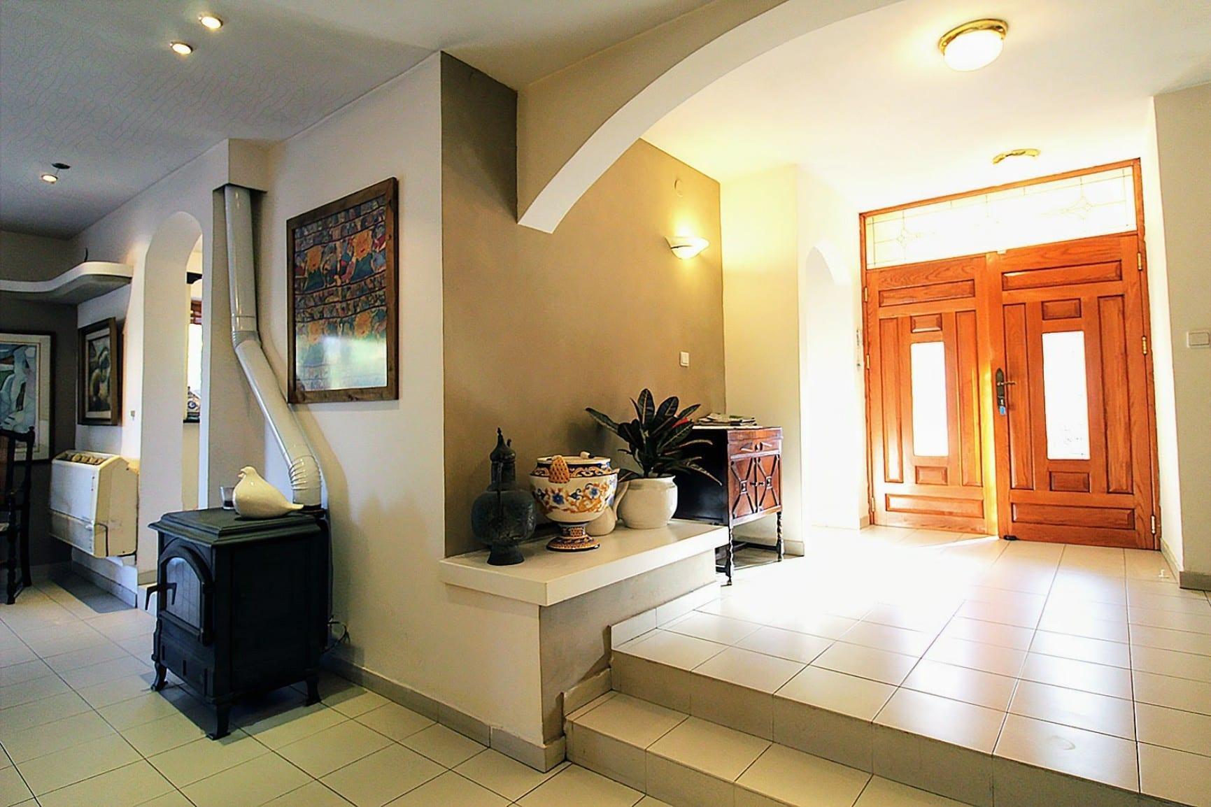 בית באבן יהודה למכירה